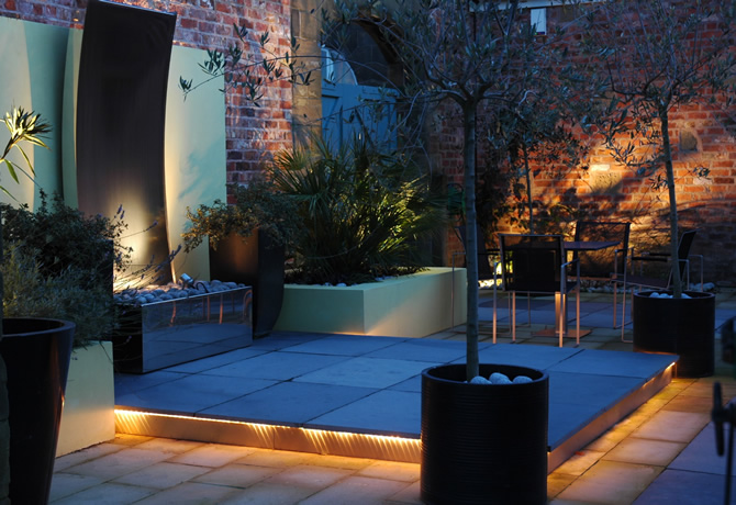 Contemporary garden designs thatsmygarden for Contemporary garden design ideas